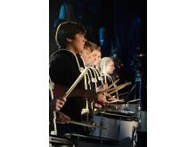 Drumming Deamons spelar i mellanakten på Väsby Melodifestival 2013
