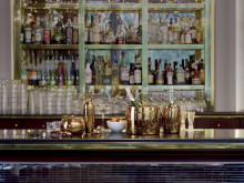 SBT_Bar_Selection_PVD_Cognac_Mood02
