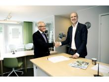 Förbos vd Peter Granstedt och Mattias Klintbäck, regionchef på Wästbygg.