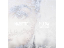 Mariette, Pillow Omslag