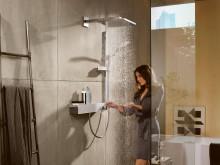 hansgrohe Unica E duschset och Raindance E huvuddusch i miljö