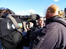 """Alfons Karabudas intervjuas för dokumentärfilm om Live at Heart under """"Free Pussy Riot"""" 7 september 2012"""