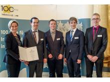 """Baden-Württembergs Wirtschaftsministerin  Nicole Hoffmeister-Kraut überreicht die Urkunde """"100 Orte für Industrie 4.0"""""""