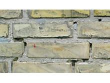Murbier i mørtelfuger kan give alvorlige skader i murværket - Saint-Gobain Weber