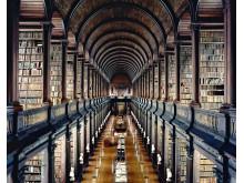 Trinity College Library Dublin I 2004. Copyright Candida Höfer_VG Bild-Kunst, Bonn