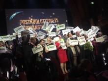 Check-yra på PostkodLotteriets årliga förmånstagarfest, där 55 organisationer som är förmånstagare fick dela på 1 083 323 129 kronor.