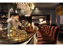 Stora hotellet och Gotthards krogs välkomnande bar.