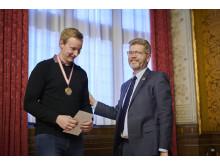 Lastvognsmekaniker Mathias Erforth Hinrichsen og overborgmester Frank Jensen