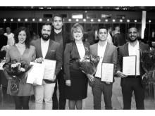 Gruppbild från 2018 års prisutdelning, Minoo Akhtarzand orförande i SKAPA-stiftelsen tillsammans med vinnarna.