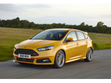 Uusi Ford Focus ST bensiinimalli