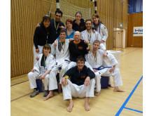 Hela team IKSU kampsport samlat efter prisutdelningen