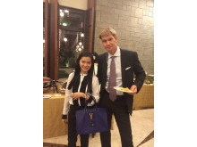 Rosel Ponce, analytiker IKC Fonder och ambassadör Klas Molin.