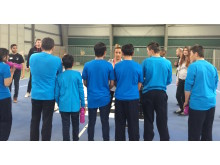Instruksjon til nye aktiviteter med ungdommene