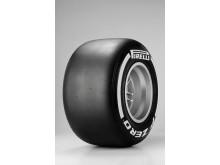 Pirelli P Zero White, new medium compound F1 tyre 2013