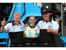 Karin Olsson och det tekniska teamet bakom Volvo L60G PCP
