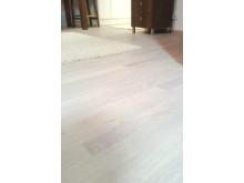 Parkettiöljyllä Ivory White käsitelty lattia
