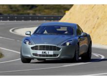 Bridgestone Potenza S001 fabriksmonterat på nya Aston Martin Rapide