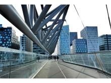"""Мост """"Акробат"""" в современном районе Баркод в Осло"""