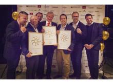 Björn Kjos tillsammans med kommersiell direktör Thomas Ramdahl, försäljningsdirektör Lars Sande och andra Norwegian-medarbetare vid Grand Travel Awards i Oslo.