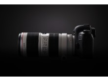 EOS 5D MkIV SIDE RIGHT 02 Beauty