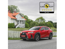Lexus UX EuroNCAP 5 stars 04 1x1