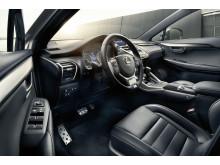 Ny inredning i Lexus NX 300h