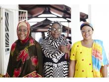 Specsavers Ge Syn Kvinnor i färggranna kläder och glasögon