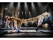 Cirkus Cirkör - Knitted Piece - Aino Ihanainen, Alexander Weibel Weibel