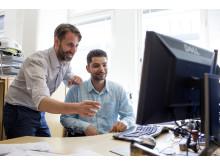OKQ8 Scandinavia hjälper nyanlända akademiker in på arbetsmarknaden