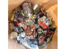 Felsorterade metallförpackningar