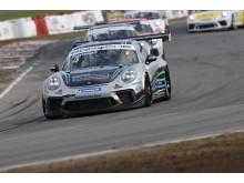 22-årige Robin Hansson (Fragus Motorsport)