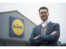 Administrerende direktør for Lidl, Dirk Fust, glæder sig over beslutningen og udsigten til at give sine medarbejdere nye flotte rammer i Aarhus.