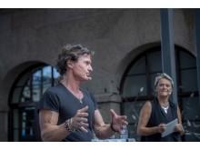 Petter Stordalen och Ulrika Rosén, Director of Passion på Nordic Choice Hotels, hälsade Realgymnasiets elever varmt välkomna.