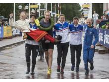 """Moralaget """"Sir B 40"""" blev första historiska segrare i det nya loppet Vasakvartetten 2017"""