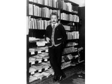 Albert Einstein (ca. 1925)