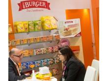 Burger Knäcke auf der Süßwarenmesse ISM
