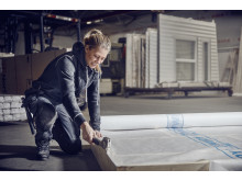 Woman Craftsman 2 7990