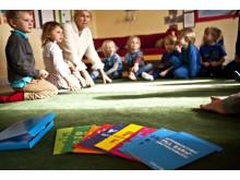 UNICEF - Gratis inspirationslåda om barnkonventionen till alla förskolor i Sverige