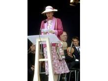Dronning Margrethe indvier broen den 14. juni 1998
