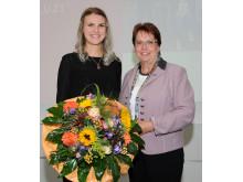 Kaarst - Leonie Zimmermann und BM Dr. Nienhaus