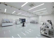 07_2017_Hamamatsu IM Base-Demo room(Industrial robot)