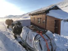 Transport av ved til Midtistua på Saltfjellet
