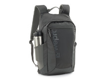 Lowepro Photo Hatchback 22L vesipullon kanssa