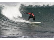 Norwegens Küste bietet bis hinauf auf die Lofoten perfekte Surfbedingungen