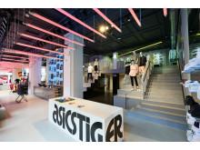ASICS Regent St Interiors_004