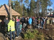 Succé vid invigning av naturlekplatsen Myternas skog