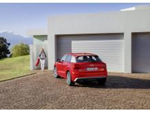 Audi Q2 (Tango Red)