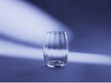 Brillant vannglass
