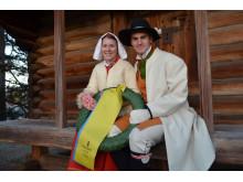 Kransmasen Victor och kranskullan Viktoria tar emot segrarna i TjejVasan och Vasaloppet 2015!