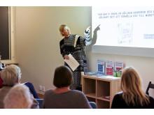 Marie Teike från Stockholms stadsmission berättar om remake och återvinning av kläder.
